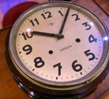 AIKOSHA愛工舎丸型掛時計クオーツムーブ換装