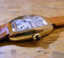 FRANCKMULLERトノー・カーベックスインターミディエ腕時計オーバーホール