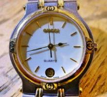 GUCCIグッチクオーツ腕時計修理