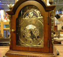 JohnThomasLondon月齢表示付小型置き時計修理