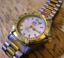 TAGHEUERAUTOMATIC200M自動巻腕時計修理