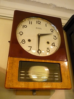 佐藤時計FLORAブドー色 掛時計